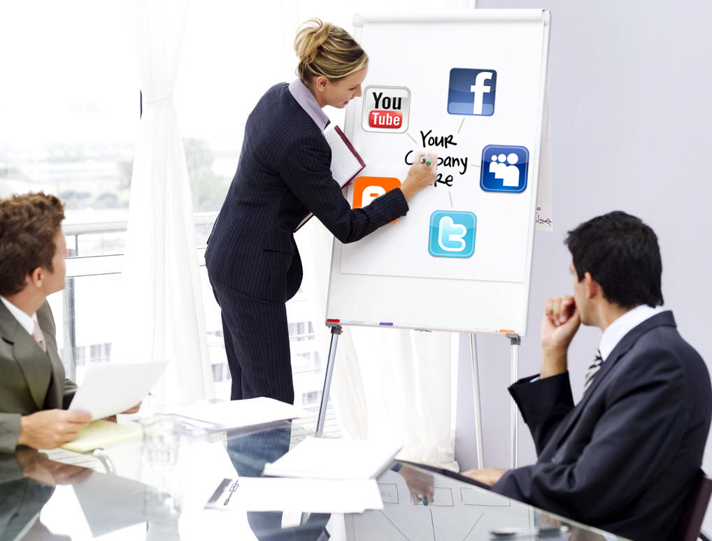 Role of a Social Media Consultant